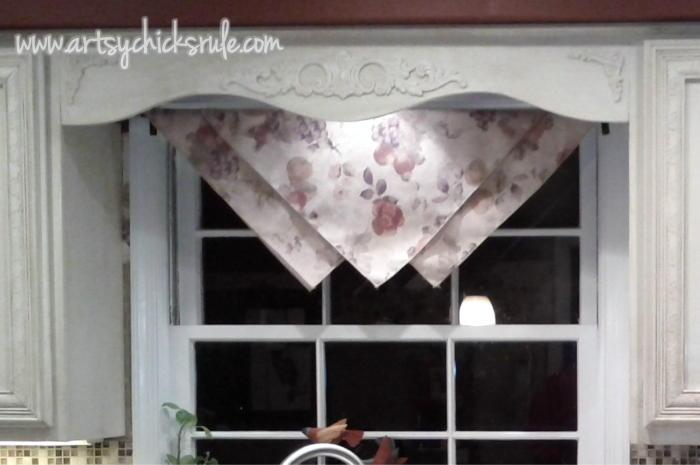 Artsy Ideas For Kitchen Window Treatment