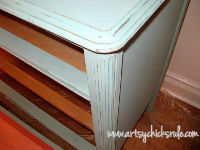 Chalk Paint Dresser Up Close:Artsy Chicks Rule