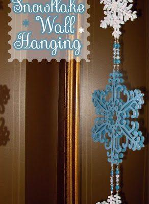 Easy, DIY Snowflake Wall Hanging