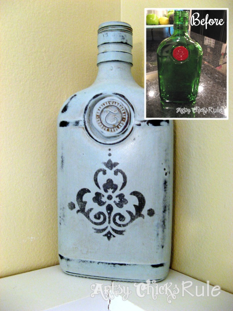 Empty Gin Bottle to Home Decor / Chalk Paint & Stencil / artsychicksrule.com
