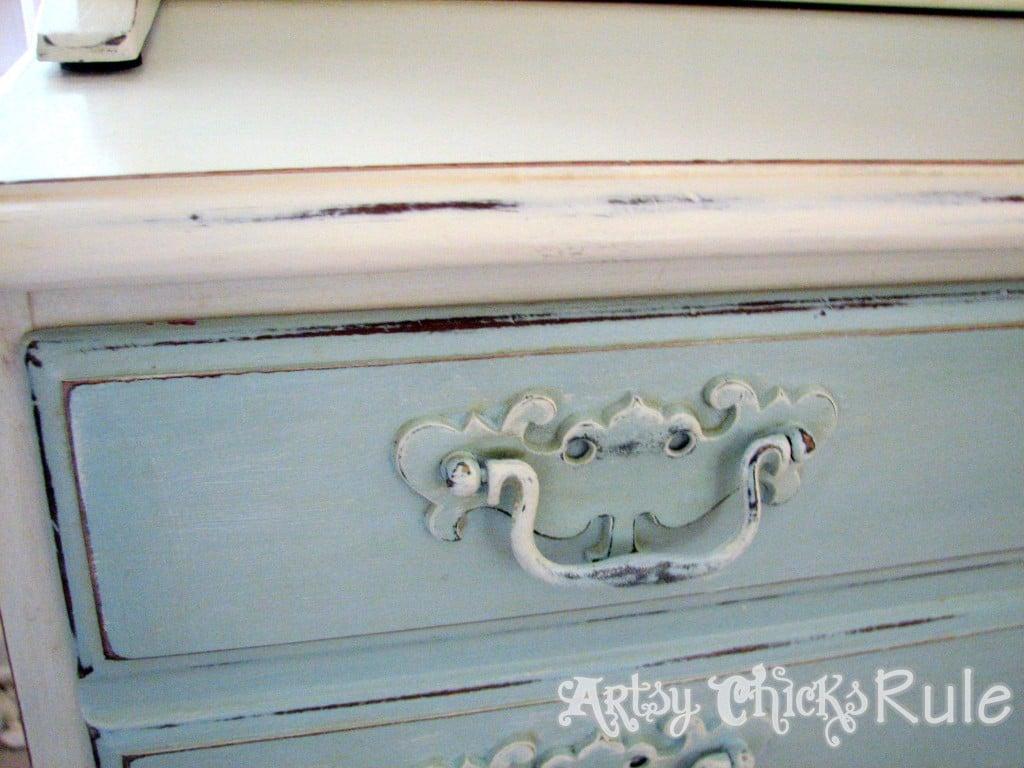 Blue Hutch Chalk Paint Handle