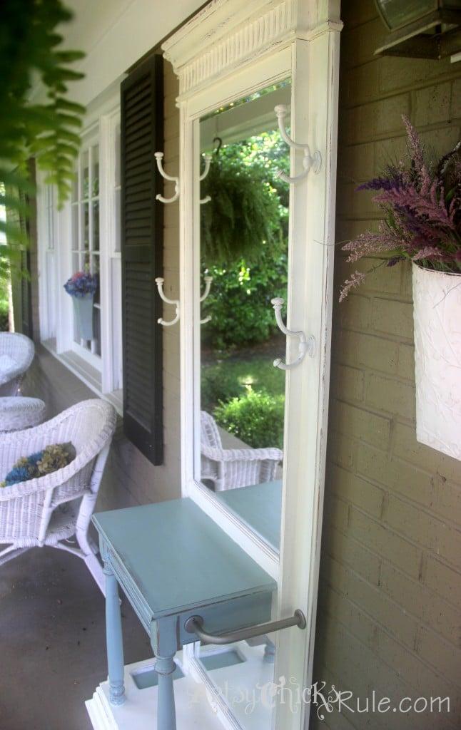 Hall Tree Complete (Annie Sloan Chalk Paint)- artsychicksrule.com #halltree #chalkpaint #duckeggblue