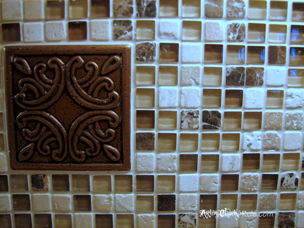 Kitchen Tile Backsplash - Medallion- artsychicksrule.com #backsplash #tile #diy