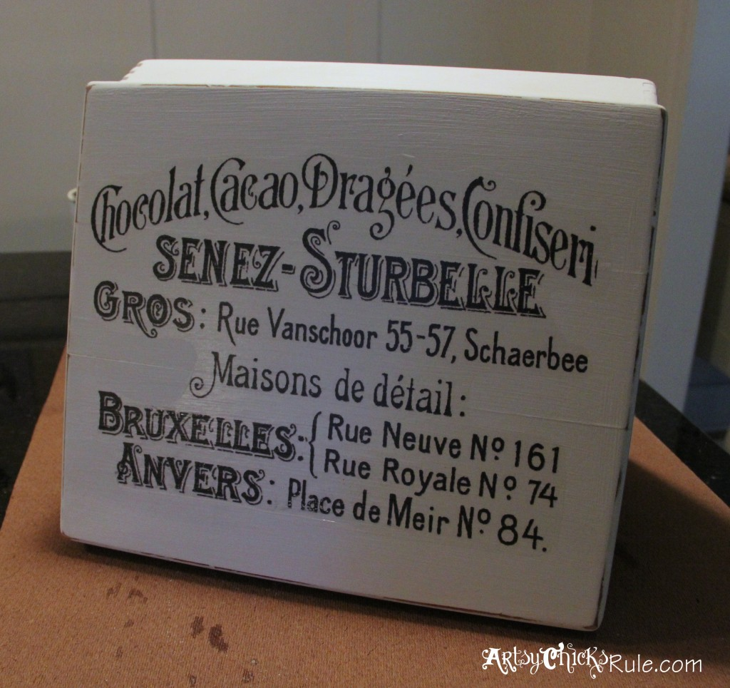 Cigar Box painted with Annie Sloan Chalk Paint - Graphic done with Waterslide paper