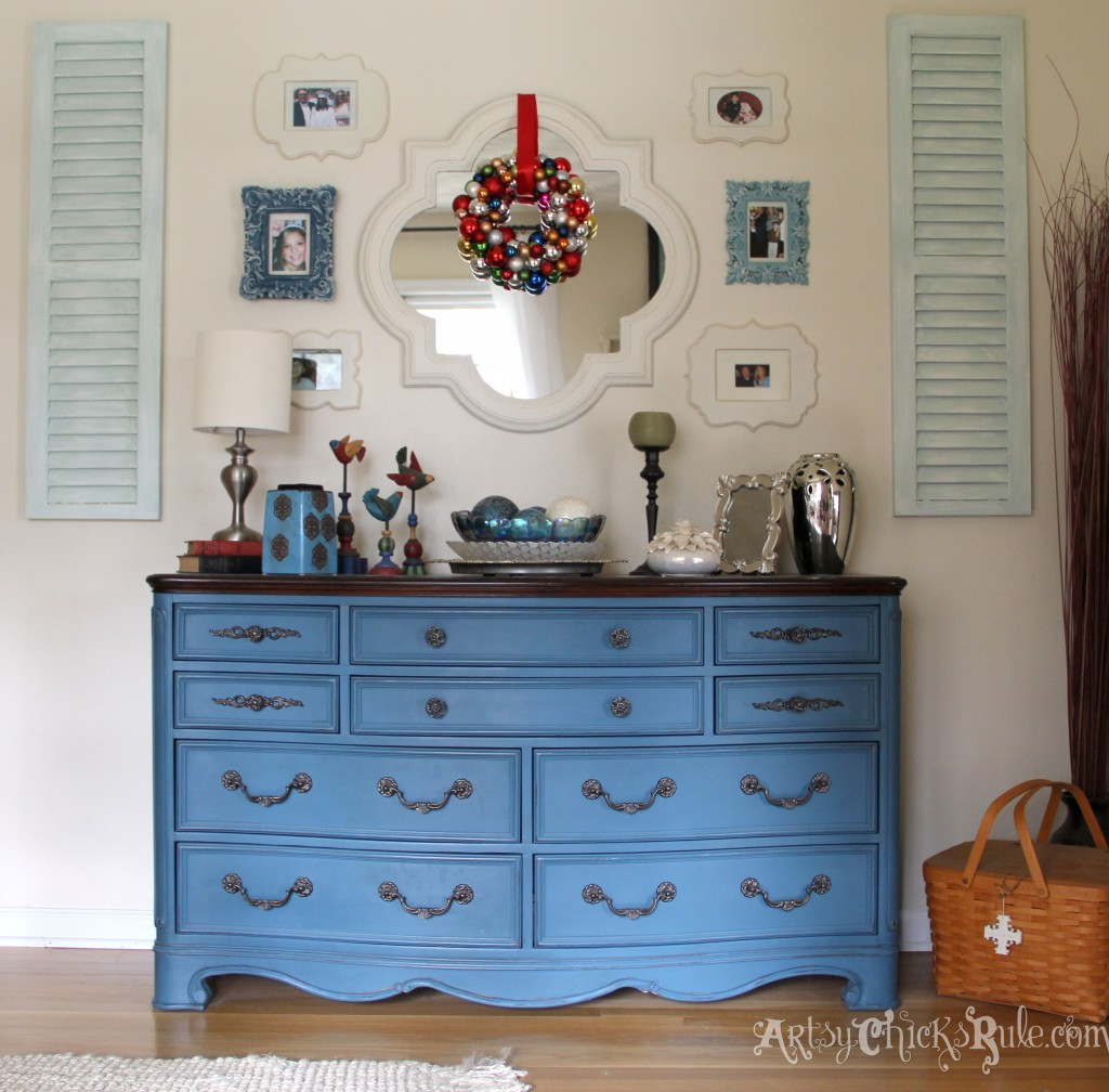 Aubusson Blue Chalk Painted Thrift Store Dresser - Walnut Top - DIY Wreath - Holiday Home Tour