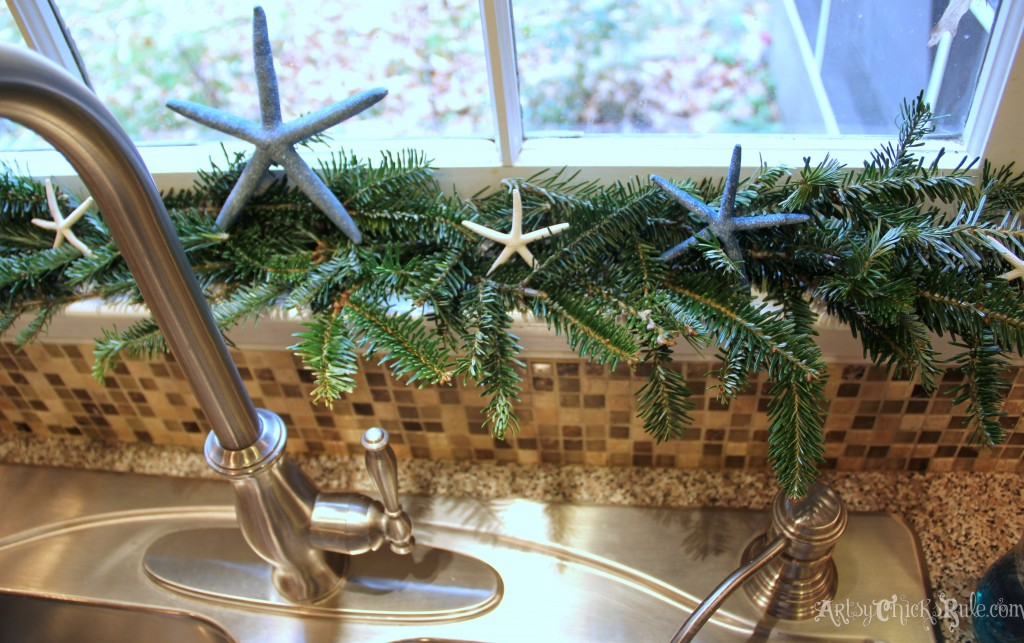 Natural garland - Starfish - Holiday Home Tour