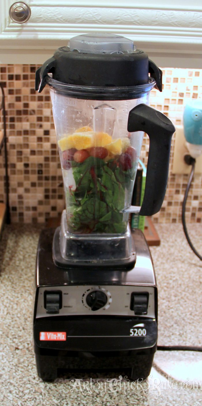 Green Smoothies Recipes and a TIP! artsychicksrule.com #greensmoothies #greensmoothiesrecipes #greensmoothierecipes #healthyrecipes #vitamixrecipes