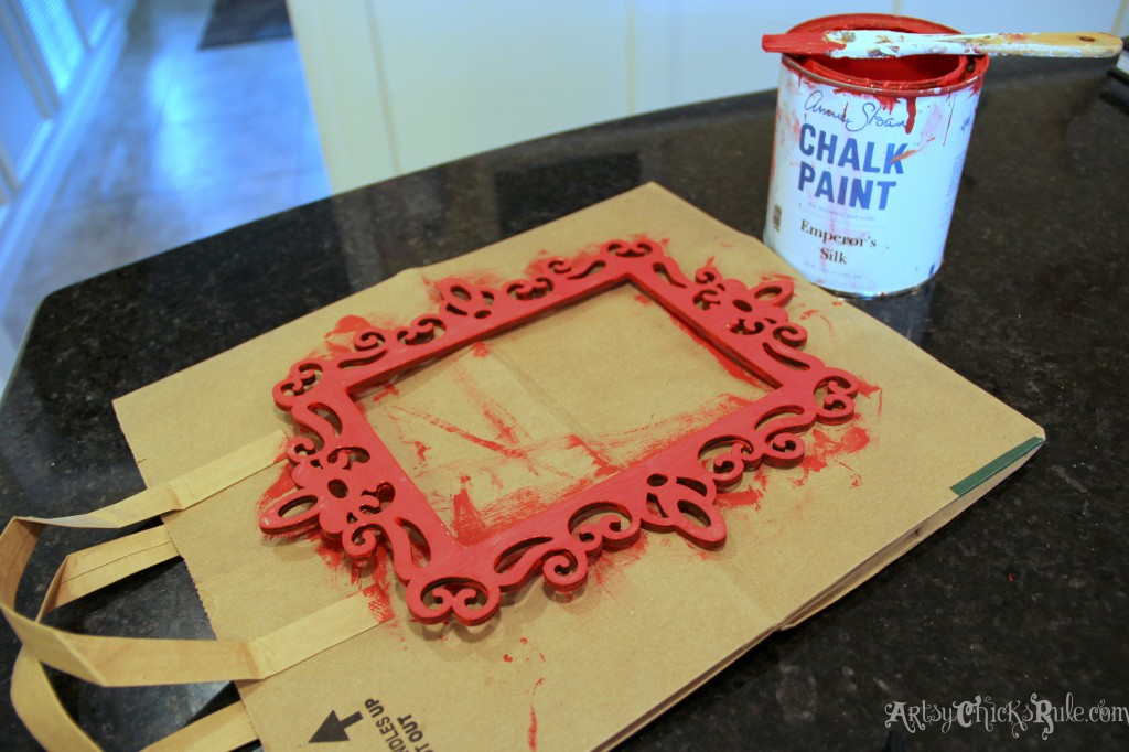 Simple & Fun Valentine's Day Craft - Painting frame red