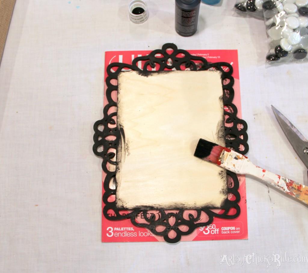 Painting edges black - Michael's-Hometalk Pinterest Party