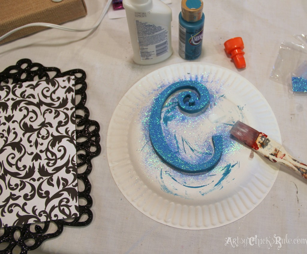 turquoise glitter for monogram - Michael's-Hometalk Pinterest Party