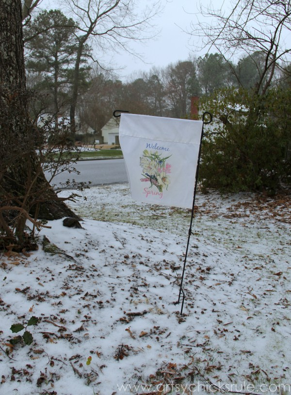 DIY (Pillowcase) Spring Flag - The snow won't go away this year!