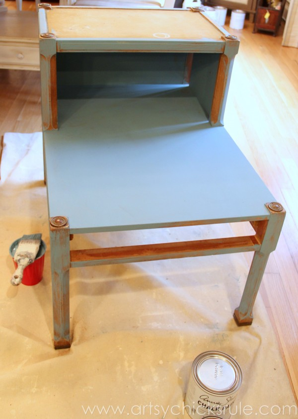 Turquoise Chalk Paint & Gold Metallic Side Table -First Coat - artsychicksrule.com #chalkpaint #goldmetallic #metallicfurniture #turquoise