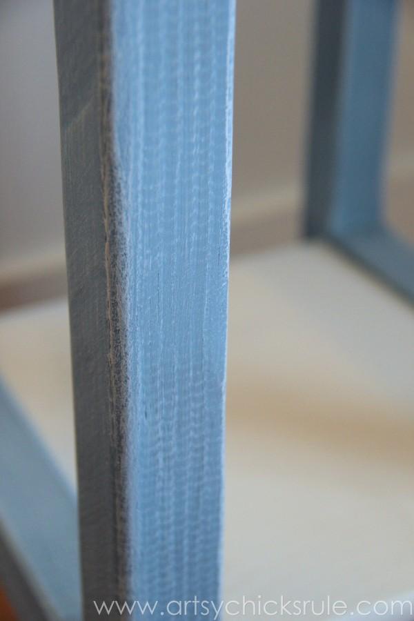 Grain Sack Table Makeover - up close - #chalkpaint #milkpaint #grainsack - artsychicksrule.com