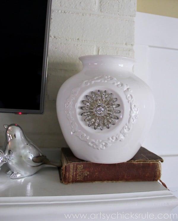 My Favorite Things - Old Books - artsychicksrule.com #thrifty #homedecor #budgetdecorating