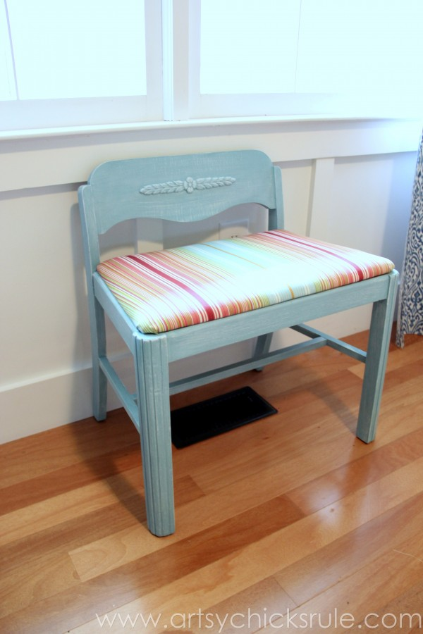 Easy Vanity Chair Update with Chalk Paint! artsychicksrule.com #vanitychair #chalkpaint #chalkpaintedfurniture #provence #furnituremakeover