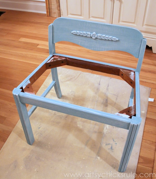 Easy Vanity Chair Update... with Chalk Paint! artsychicksrule.com #vanitychair #chalkpaint #chalkpaintedfurniture #provence #furnituremakeover