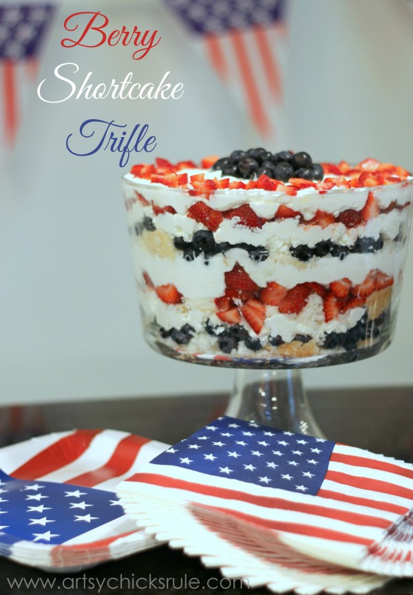 Berry Shortcake Trifle - Patriotic Dessert - artsychickrule.com #trifle #berry #dessert #recipe #patriotic