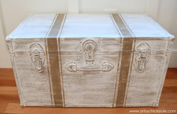 Travel Trunk Chalk Paint Makeover - After Distressed- artsychicksrule.com - #chalkpaint #makeover #trunk #coco