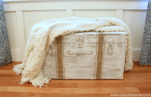 Travel Trunk Chalk Paint Makeover - After Throw- artsychicksrule.com - #chalkpaint #makeover #trunk #coco
