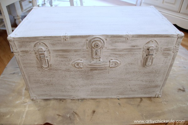 Travel Trunk Chalk Paint Makeover - Distressing- artsychicksrule.com - #chalkpaint #makeover #trunk #coco