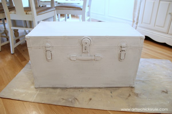 Travel Trunk Chalk Paint Makeover - Pure White Over Coco- artsychicksrule.com - #chalkpaint #makeover #trunk #coco