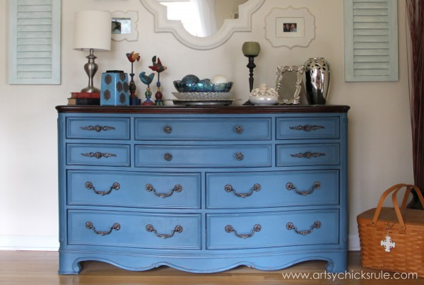 Aubusson-Blue-Dresser-Re-do-after- artsychicksrule.com #aubussonblue #chalkpaint