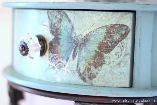 Decoupage Butterfly Table - artsychicksrule.com #decoupage #chalkpaintedfurniture #provencechalkpaint