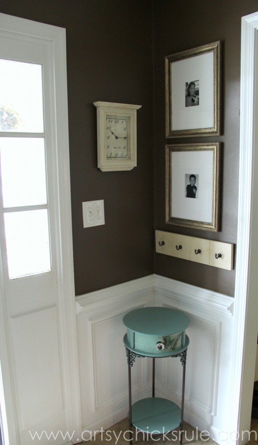 Foyer - Corner with Chalk Painted Table- Wall Color- Sherwin Williams - Kaffee - SW6104 - artsychicksrule.com