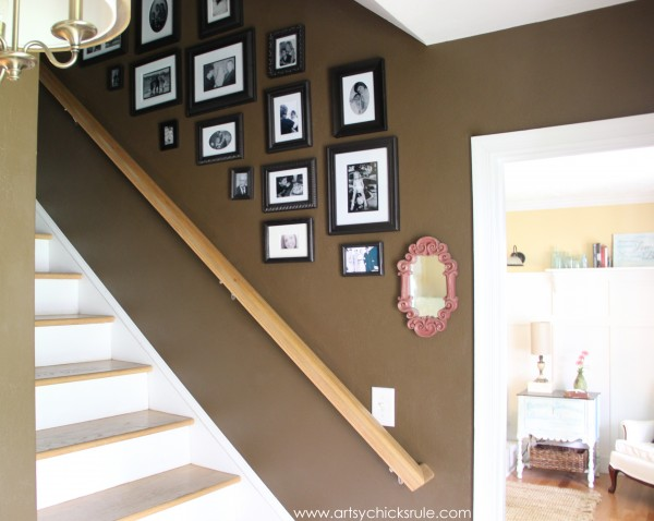 Foyer - Gallery Wall - Sherwin Williams - Kaffee - SW6104 - artsychicksrule.com