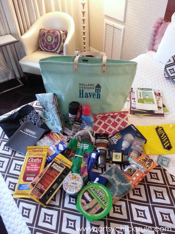Haven Blogger's Conference 2014 - SWAG from sponsors - artsychicksrule.com