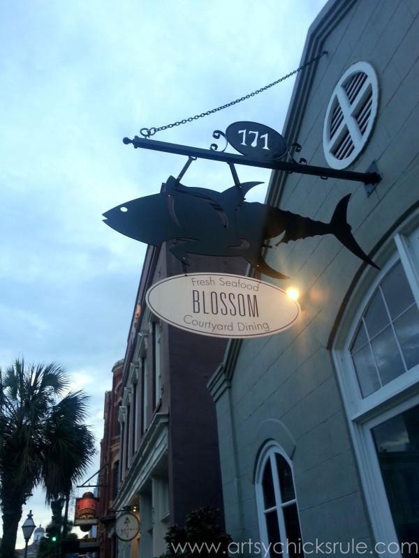 Charleston - Mount Pleasant - a trip in photos - Blossoms - artsychicksrule.com #southcarolina #charleston