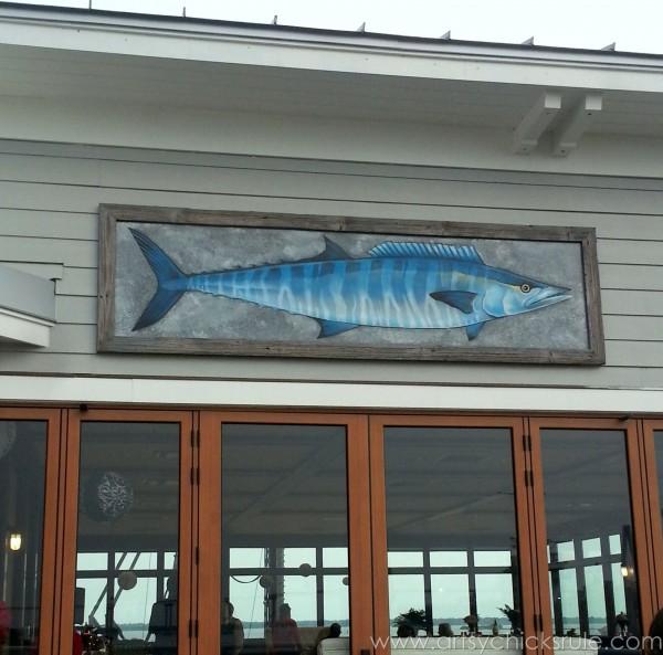 Charleston - Mount Pleasant - a trip in photos - The Fish House - artsychicksrule.com #southcarolina #charleston