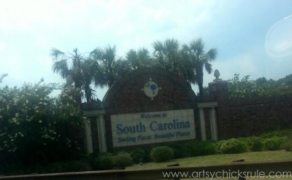 Charleston - Mount Pleasant - a trip in photos - Welcome sign- artsychicksrule.com #southcarolina #charleston