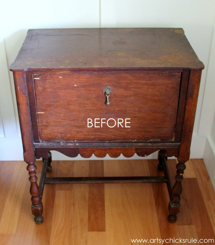 French Styled Cabinet Makeover (Graphics & Chalk Paint)