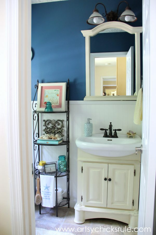 Bath Cabinet Makeover -second makeover- artsychicksrule.com