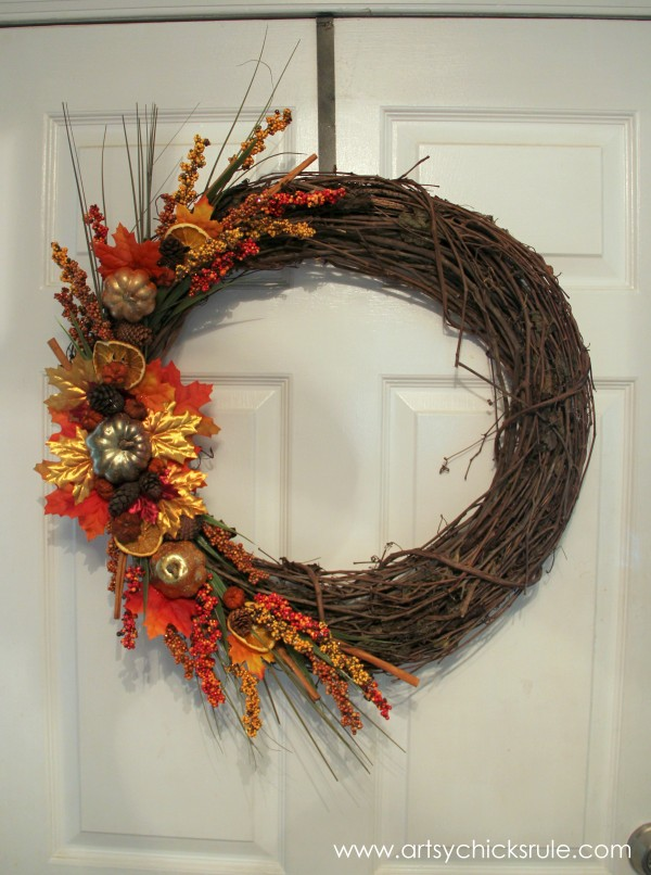 DIY Fall Wreath - Fall Themed Tour - Inside Door - #fall #falldecor #diy artsychicksrule.com