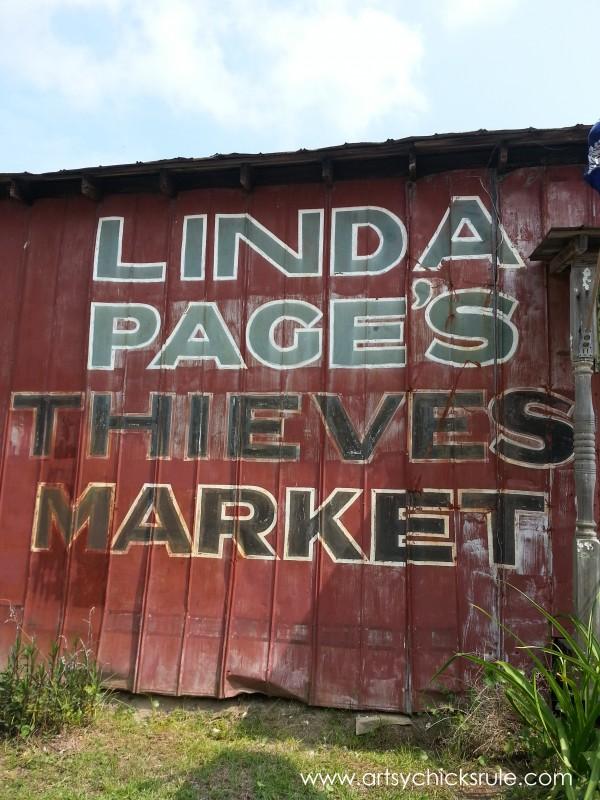 Page's Thieves Market - Mt. Pleasant SC - #vintage #antiques artsychicksrule.com
