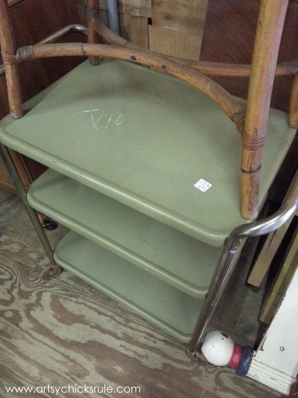 Page's Thieves Market - metal tray - Mt. Pleasant SC - #vintage #antiques artsychicksrule.com