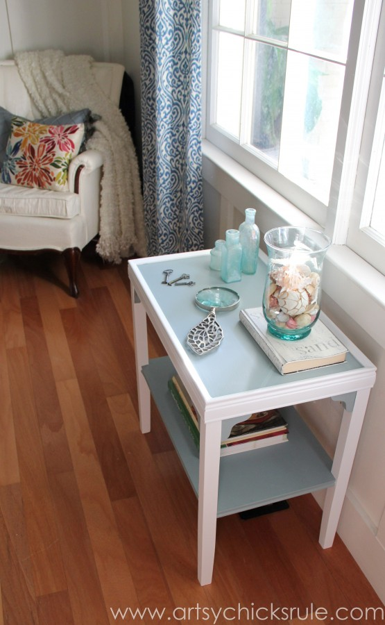 Two Tone Side Table Makeover - Themed Furniture Tour - General Finishes - artsychicksrule.com #milkpaint #makeover #diy #persianblue #snowwhite (8)