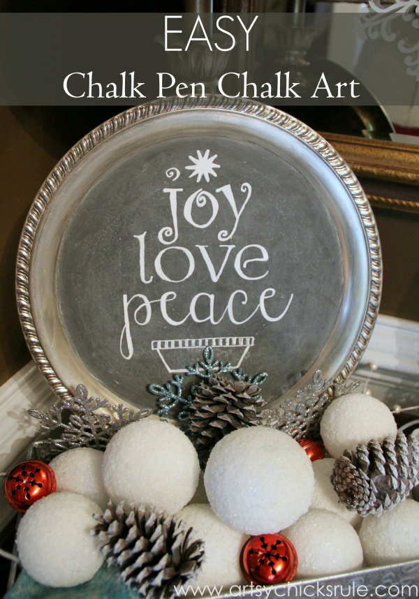 EASY Holiday Chalk Art with Chalk Pens - Easy art - #chalkart #chalkboard #chalkpen #holidays artsychicksrule.com