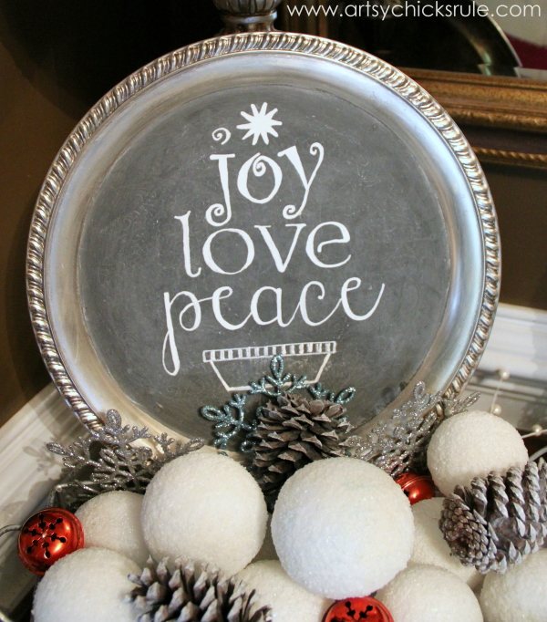 EASY Holiday Chalk Art with Chalk Pens - after - #chalkart #chalkboard #chalkpen #holidays artsychicksrule.com