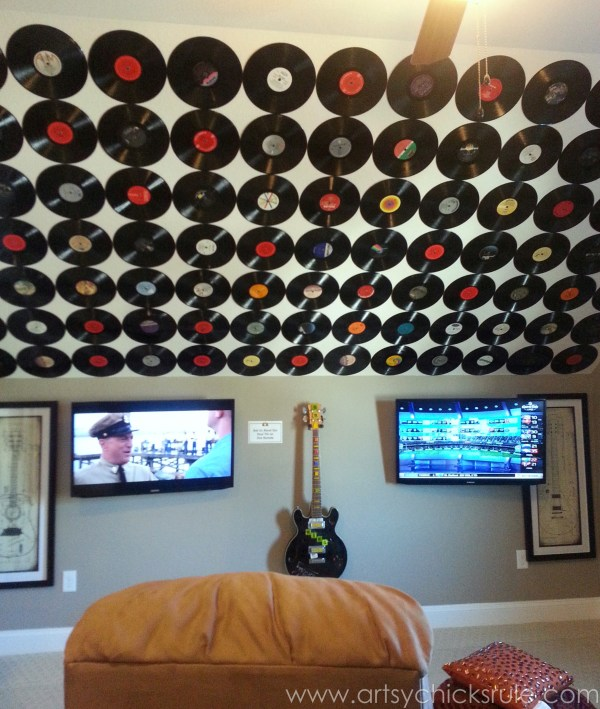 Homearama 2014- Suffolk - creative use for vinyl records - artsychicksrule.com #homeplans #homedecor #decorations #interiordesign