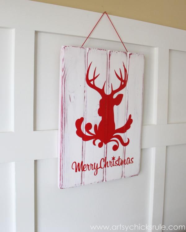 Silhouette Merry Christmas Sign Tutorial - Finished hung -#ad #sponsored #silhouette #merrychristmas #sign #diy #ad #sponsored #blackfriday artsychicksrule.com
