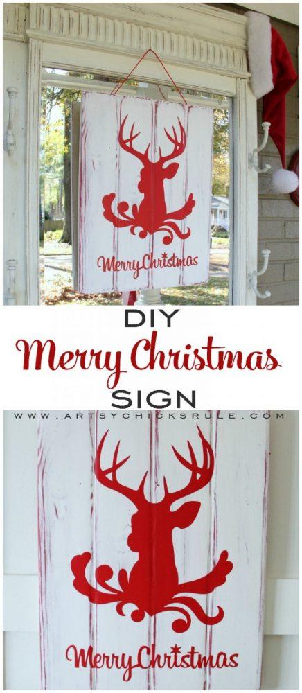 DIY Merry Christmas Sign Tutorial #silhouette #merrychristmas #diysign #holidaydecor #Christmasdecor #deerhead artsychicksrule.com
