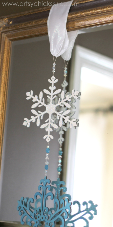 Festive Holiday Foyer - Teal and Red - Snowflakes - #holidayhome #holiday #foyer #decor #Christmas #holidaydecor artsychicksrule.com