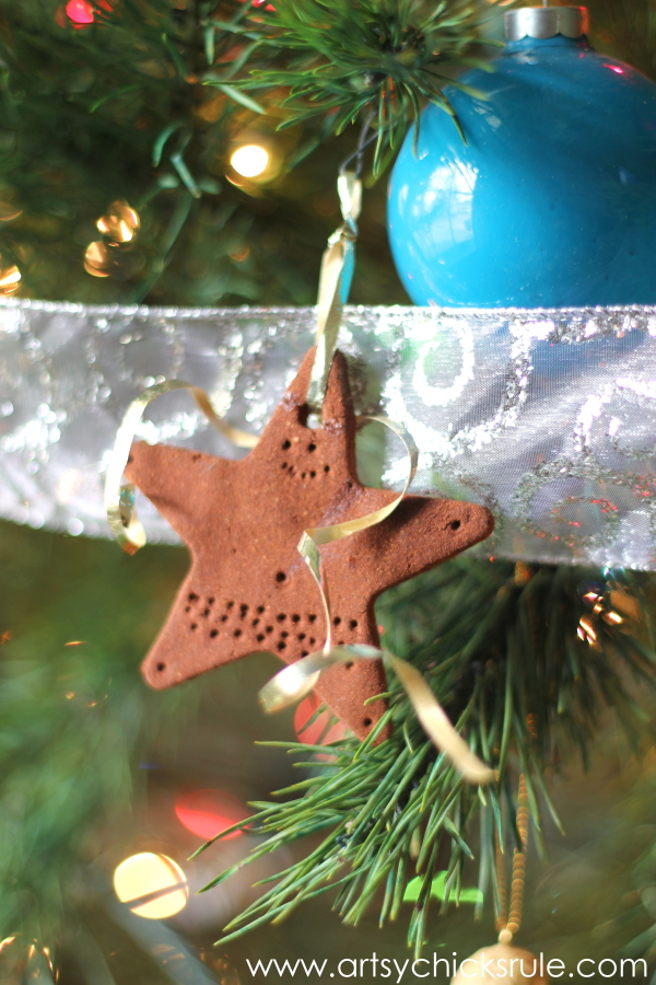 Oh Christmas Tree - 2014 - Cinnamon Star - #Christmastree #ornaments #holidaydecor #holidays #Christmas artsychicksrule.com