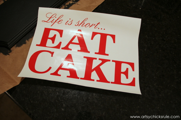 Life is Short, EAT CAKE - Lettering from Cameo - #eatcake #cake #sign #cameo #sillhouette #diytutorial artsychicksrule.com