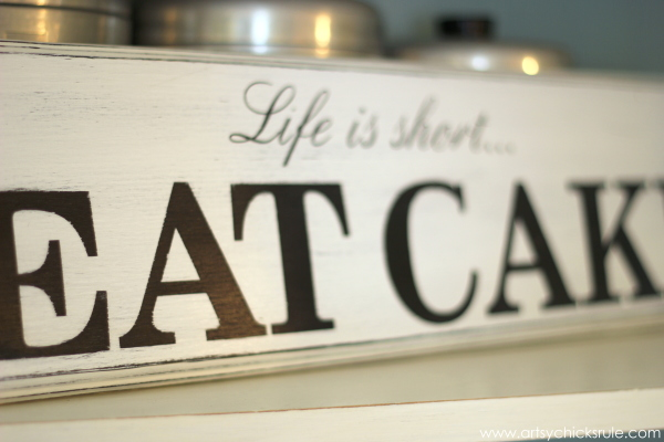 Life is Short, EAT CAKE - Up Close - #eatcake #cake #sign #cameo #sillhouette #diytutorial artsychicksrule.com