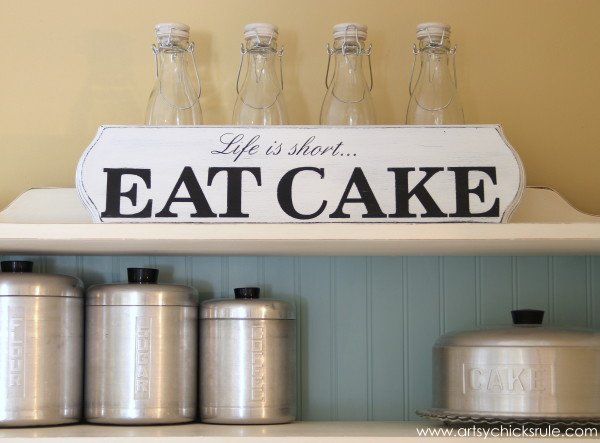 Life is Short, EAT CAKE - Yep - #eatcake #cake #sign #cameo #sillhouette #diytutorial artsychicksrule.com