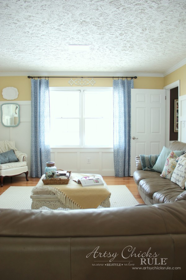 Family Room Makeover - After Front Wall - #makeover #diy #roommakeover #artsychicksrule artsychicksrule.com